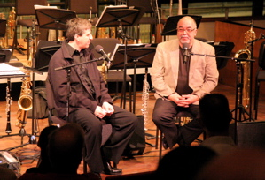 Vince Mendoza talking to Peter Erskine at the Bimhuis (2008)